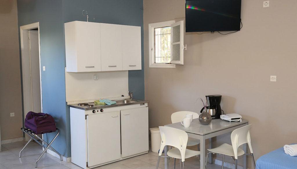 Πολυκουζινάκι, οικιακός εξοπλισμός, καφετιέρα και τοστίερα